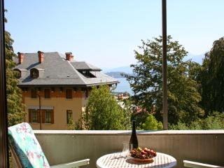 Lake view Baveno 5 pax - Piedmont vacation rentals