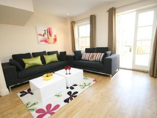 Signet Simpers 3 Bedroom Town House, Cambridge