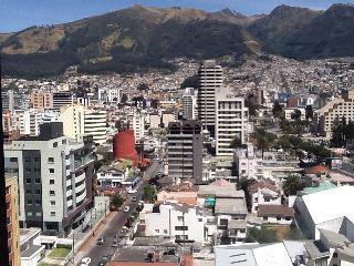 Beautiful Mountains And City View, Quito
