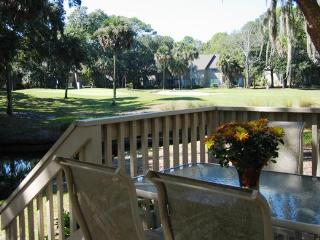 3 BR Nearest to Beach on Lagoon-Golf View-2 Decks, Hilton Head
