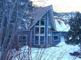 Close to Telluride, But Away from it All.  Angler Inn. Park. River, Red Rock Cliffs., Placerville