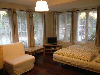 CityChalet historic Studio Apartment, Interlaken