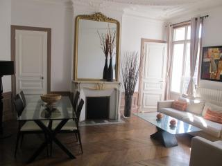 Luxury Apartment in Latin Quarter - Paris vacation rentals