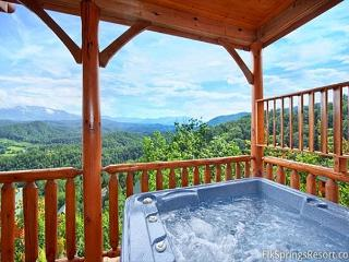 Experience Amazing Views, Free WIFI, Hot Tub, Pool Table & Jacuzzi, Sevierville
