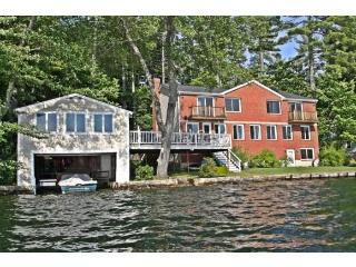Amazing Lake House w/Boathouse, Dock, Views & Sun!, Wakefield