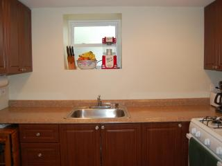 New construction 3 bedroom apartment near 90/94, Chicago
