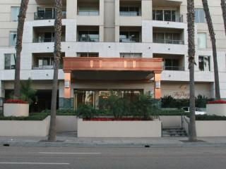LUXURY HIGH-RISE OCEAN  CONDO(SECURITY $ REQUIRED), Long Beach