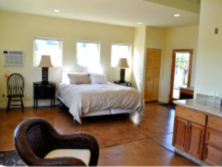 deLorimier Winery Mosaic Suite, Geyserville
