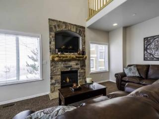 Snowbasin South View | Luxury 3 Bedroom | Lakeside Unit 24, North Ogden