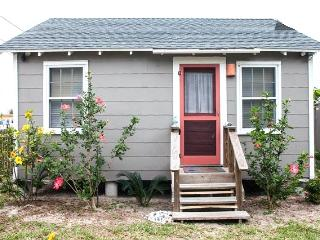 Sea Biscuit Cottage in Old Town, Port Aransas