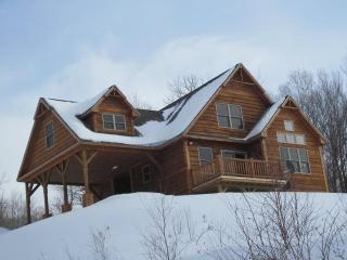 Grafton Cabin - Grafton Notch w/stunning views!, Newry