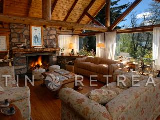 5 Bedroom/4.5 Bath - (H44) - BREATHTAKING SURROUNDINGS, San Carlos de Bariloche