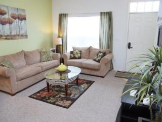 3 Bedroom Townhome In The Villas At Seven Dwarfs In Kissimmee. 2602LC-104, Orlando