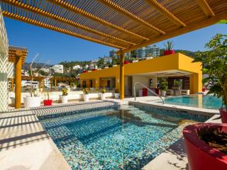 Ocean View Studio, 50 Ft To Beach, Puerto Vallarta