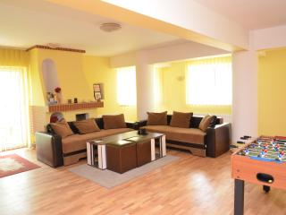 Residenza di Carbasinni - Superior 2-Bedroom Apt, Bucharest