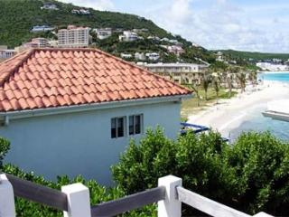 Unparalleled 3 Bedroom Beachfront Villa on Dawn Beach, Philipsburg