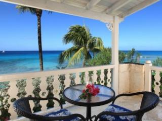 4 bedroom Villa with View in Reeds Bay