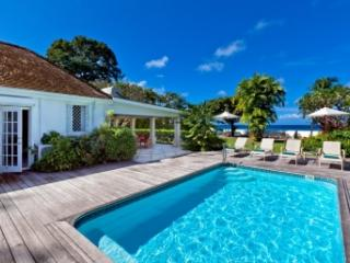 Colourful 4 Bedroom Villa with Private Pool & Garden in St. Peter, Gibbes