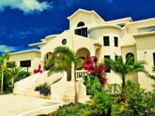 4 Bedroom Villa with Panoramic View in Shoal Bay Village, Island Harbour