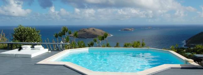 Intimate 2 Bedroom on the Heights of Colombier, Anse des Flamands