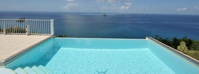 2 Bedroom Villa with Private Pool and Terrace in Colombier