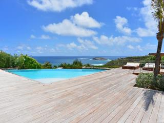 Lovely 4 Bedroom Villa in the Private Community of Pointe Milou, San Bartolomé