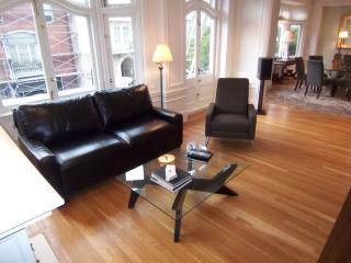 Beautiful 2BD apt. in Pacific(PHFR1743), San Francisco