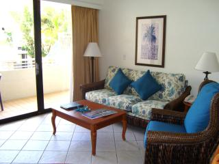 1 Bedroom Condo - Limited time offer !!, Sunny Isles Beach
