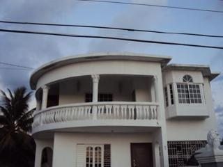 Kerrys Kingston JAMAICA Suite - Kingston vacation rentals