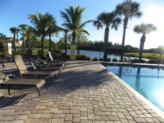 Furnished 3 Bed/ 2.5 Bath Condo | Sail Harbour, Fort Myers