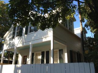 Conch Haven Built 1883 Beautiful ! MONTHLY Rental, Key West