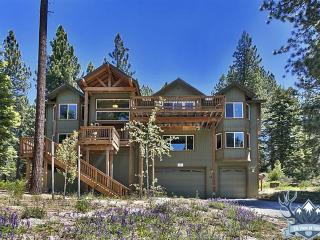 Awesome 6-br Luxury Home, 3400 Sq Ft, Hot Tub, South Lake Tahoe