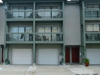 Three 3bed/3bath townhomes, side by side!! - Jacksonville Beach vacation rentals