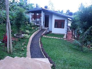 Sedevo Chalets - Holiday Bungalow in Kandy
