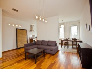 LUX 2 bedroom apartment next to Parliament, Warsaw