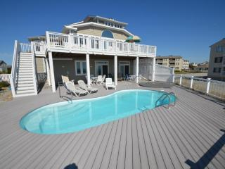 BEAU SOLEIL Luxury oceanfront estate with pool, Emerald Isle
