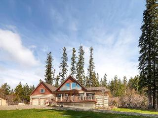 Spectacular Private 5BD Home Near Suncadia|Hot Tub*Slps14|Sept Specials, Cle Elum