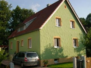 Vacation Apartment in Hirschau - 807 sqft, high standard, comfortable, cozy (# 4938), Freudenberg