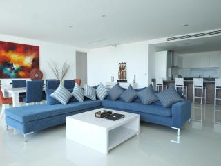 3 Bedroom Seaview Penthouse Surin Beach 271m2, Thalang District