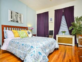 *Pizzazz* Upper East Side Studio Apartment-Great!, New York City