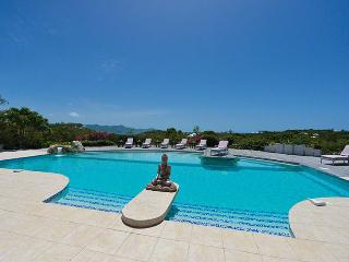 Villa Sol E Luna SPECIAL OFFER: St. Martin Villa 165 A Very Well Appointed Villa, Fully Air Conditioned With All Three Bedrooms Accessible From The Inside., Terres Basses