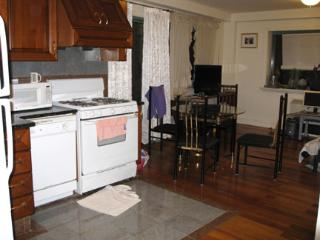 Safe-Convenient- Walk to 7th train & LIRR-Sky view, Flushing