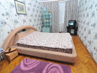 Good apartment in the very Center of Chisinau P23, Chisináu