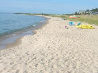 Cathead Bay in Northport MI Sand Castle Sleeps 12