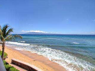 Junior Suite with spectacular views; oceanfront, Ka'anapali