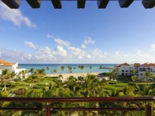Stellar 2 Bedroom Villa with Private Jacuzzi in Punta Cana