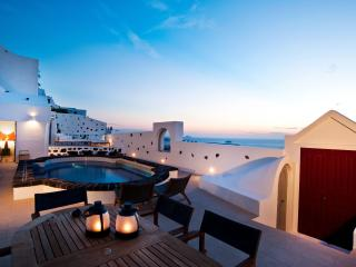 ANTELMI - Private villa on the caldera Santorini - Santorini vacation rentals
