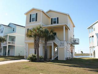 Pointe West 3BR/3BA 2nd Row Luxury Beach Cottage, Galveston