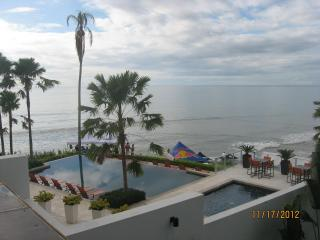 Oceanfront 2BR Condo1st Fl Pool  gated community, San Carlos