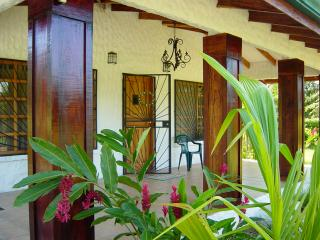 2 BR Oasis Awaits! Playa Hermosa, Costa Rica